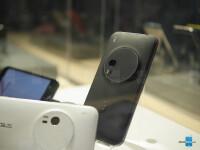 Asus-ZenFone-Zoom-04.jpg