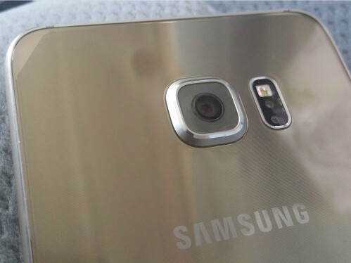 Leaked images of the Galaxy S6+ and S6 EDGE+