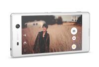 Sony-poll-Xperia-M5-04