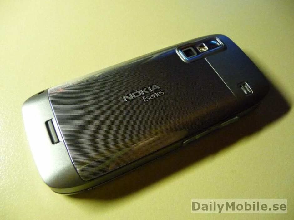 New photos of Nokia E75