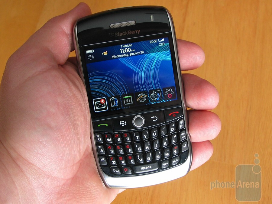 Hands on with the BlackBerry Curve 8900