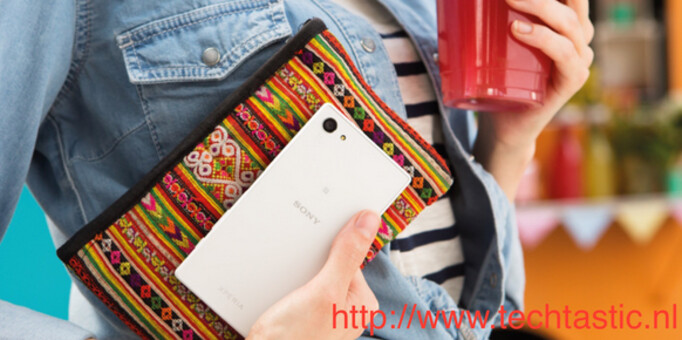 The Sony Xperia Z5 Compact is allegedly seen in this photo - Is this the Sony Xperia Z5 Compact?