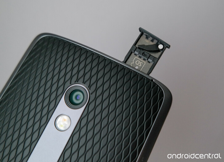 Here S Where The Microsd Slot Will Be On The Motorola Droid
