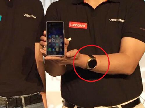Lenovo executive Dillon Ye is caught wearing the Motorola Moto 360 2