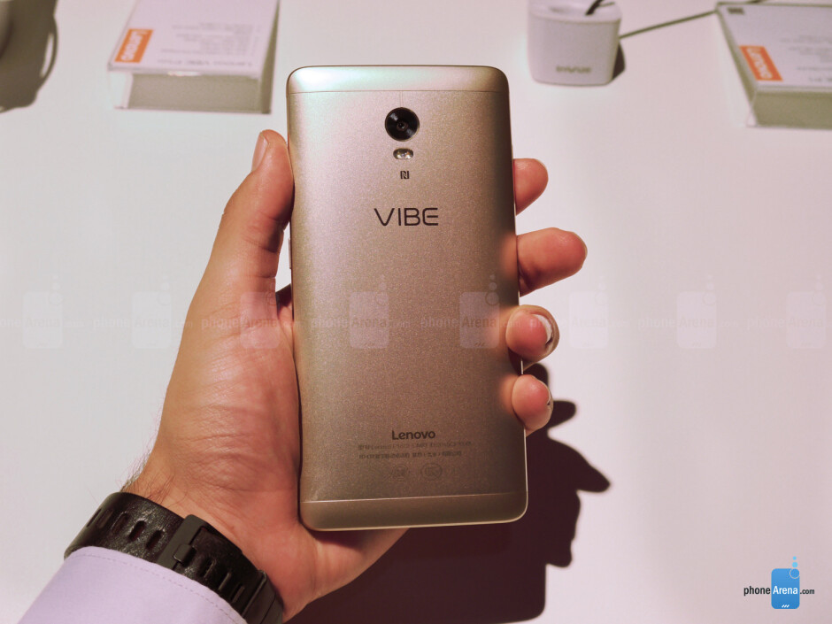 Lenovo Vibe P1 hands-on