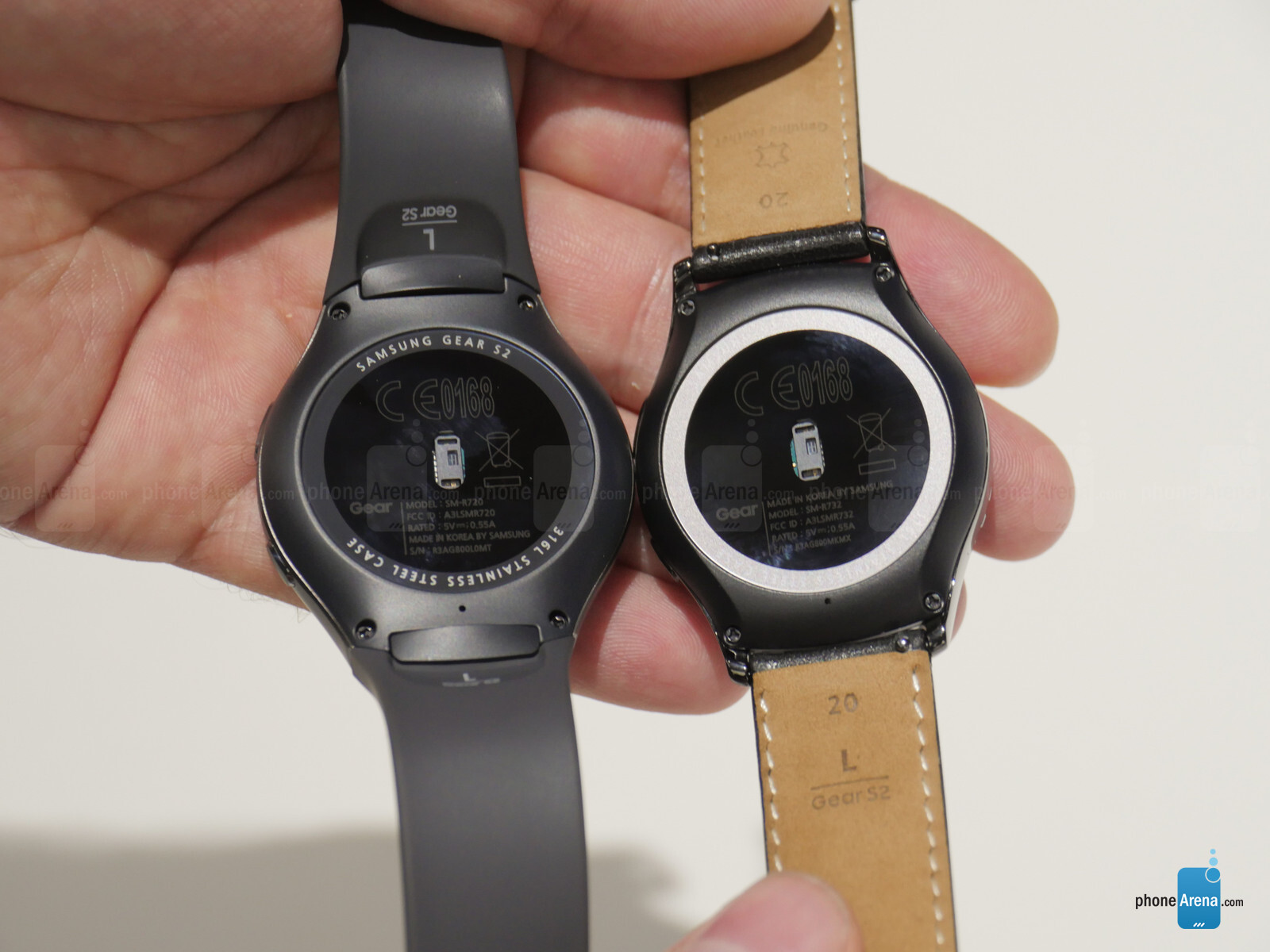 Samsung Gear S2 and S2 Classic will be launched on October 2 in Canada