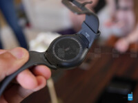 Samsung-Gear-S2-hands-on-3