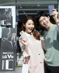LG-V10-Korea-launch-01