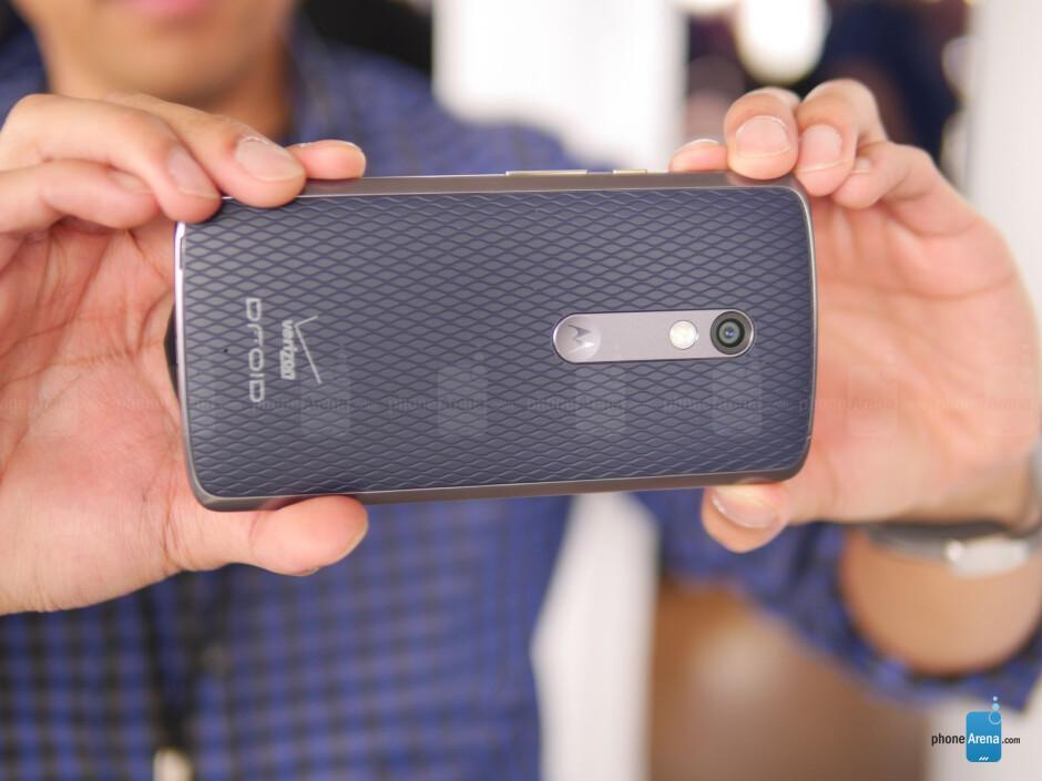 Motorola DROID MAXX 2 hands-on
