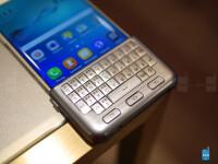 Samsung-Galaxy-S7-S7-edge-accessories-05