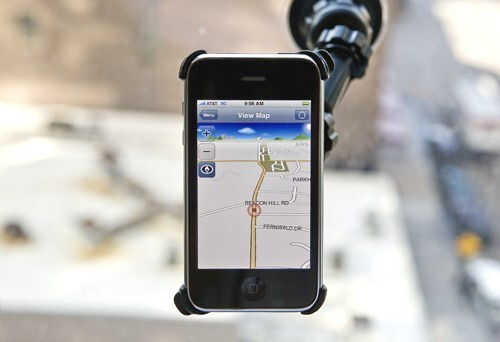 XROAD G-Map - iPhone gets a real-time turn-by-turn navigation and a new Tweetie
