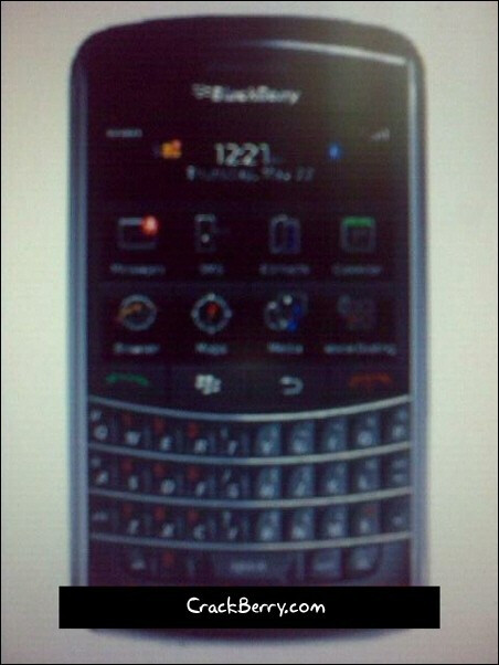 Is this the BlackBerry 9900 touchscreen version of the Bold?