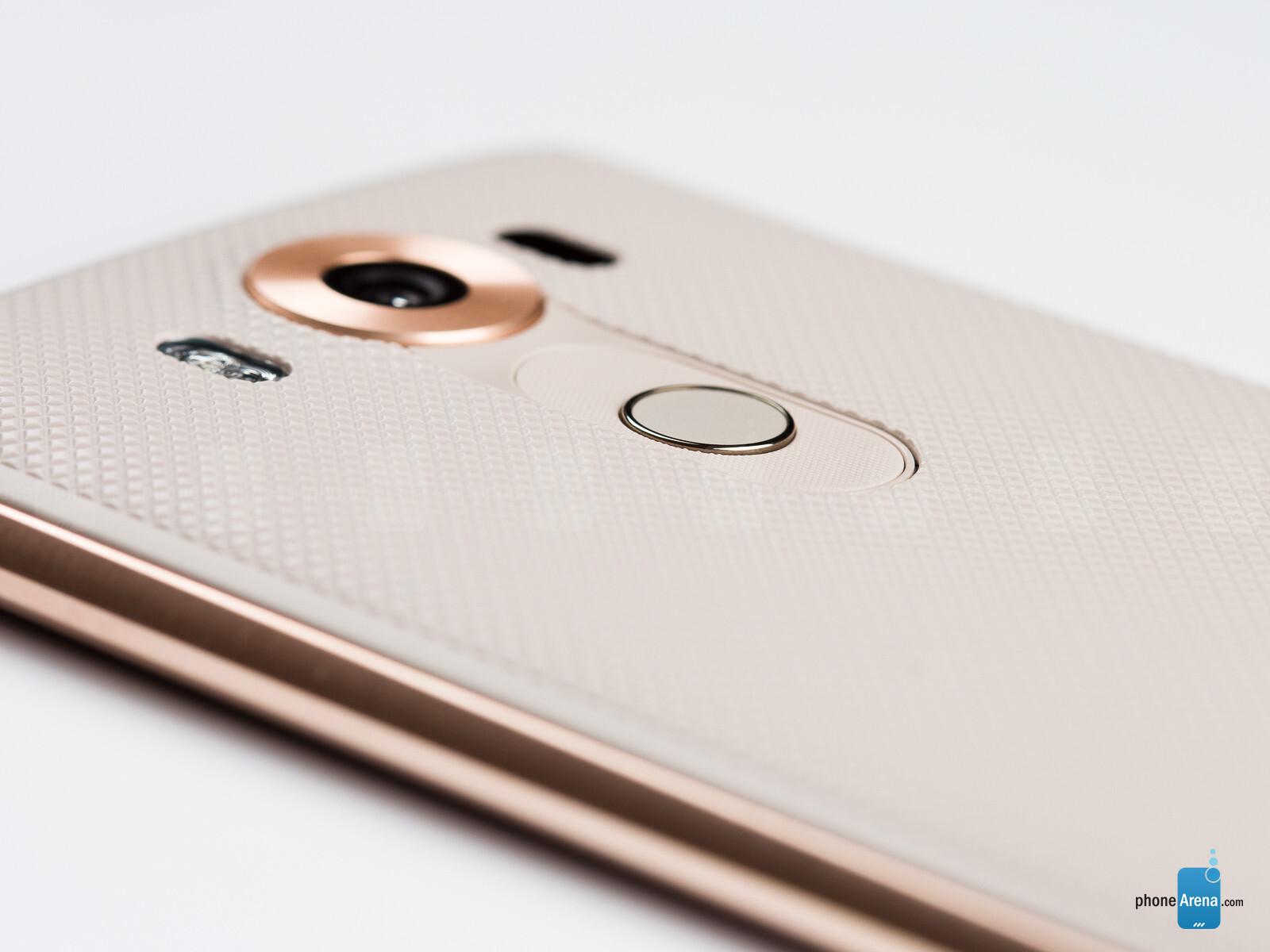 LG V10 vs Samsung Galaxy Note 5: the user experience #2679A5