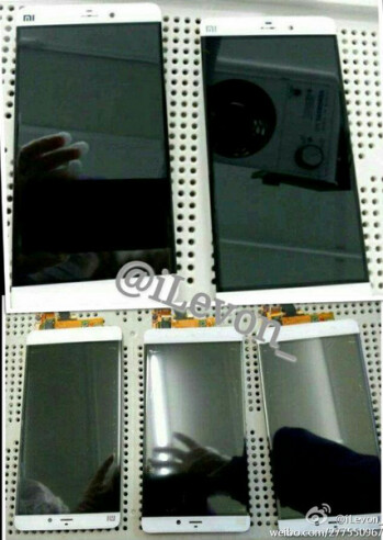 Leaked image from a November 2014 PhoneArena story showed off a bezel-less Xiaomi Mi 5