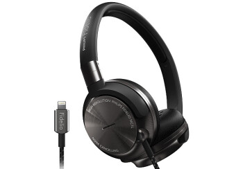 The Philips Fidelio NC1L feature a Lightning connector and active noise cancellation