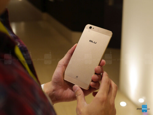 BLU Vivo 5 hands-on