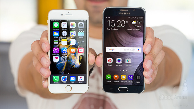 Apple and Samsung dominated 71% of the US smartphone market in 2015