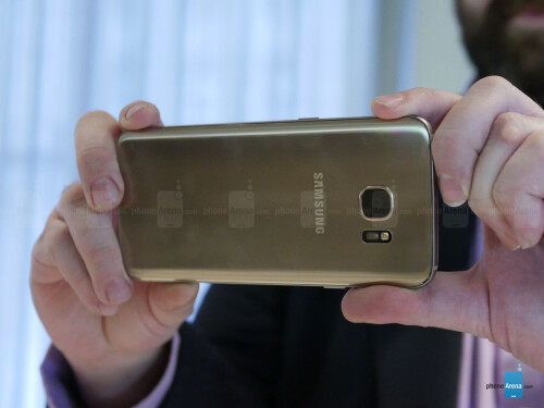 Samsung Galaxy S7 edge hands-on
