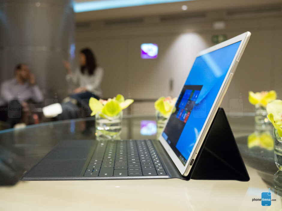 The 12-inch Huawei MateBook is thin and light for a Windows 10 2-in-1 - Huawei MateBook hands-on: A Windows 10 productivity machine