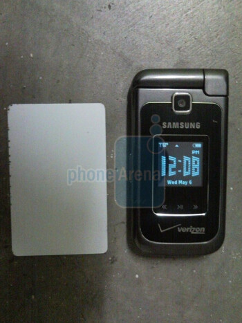 Live images of the Motorola Rival а455 and Samsung Alias 2 U750