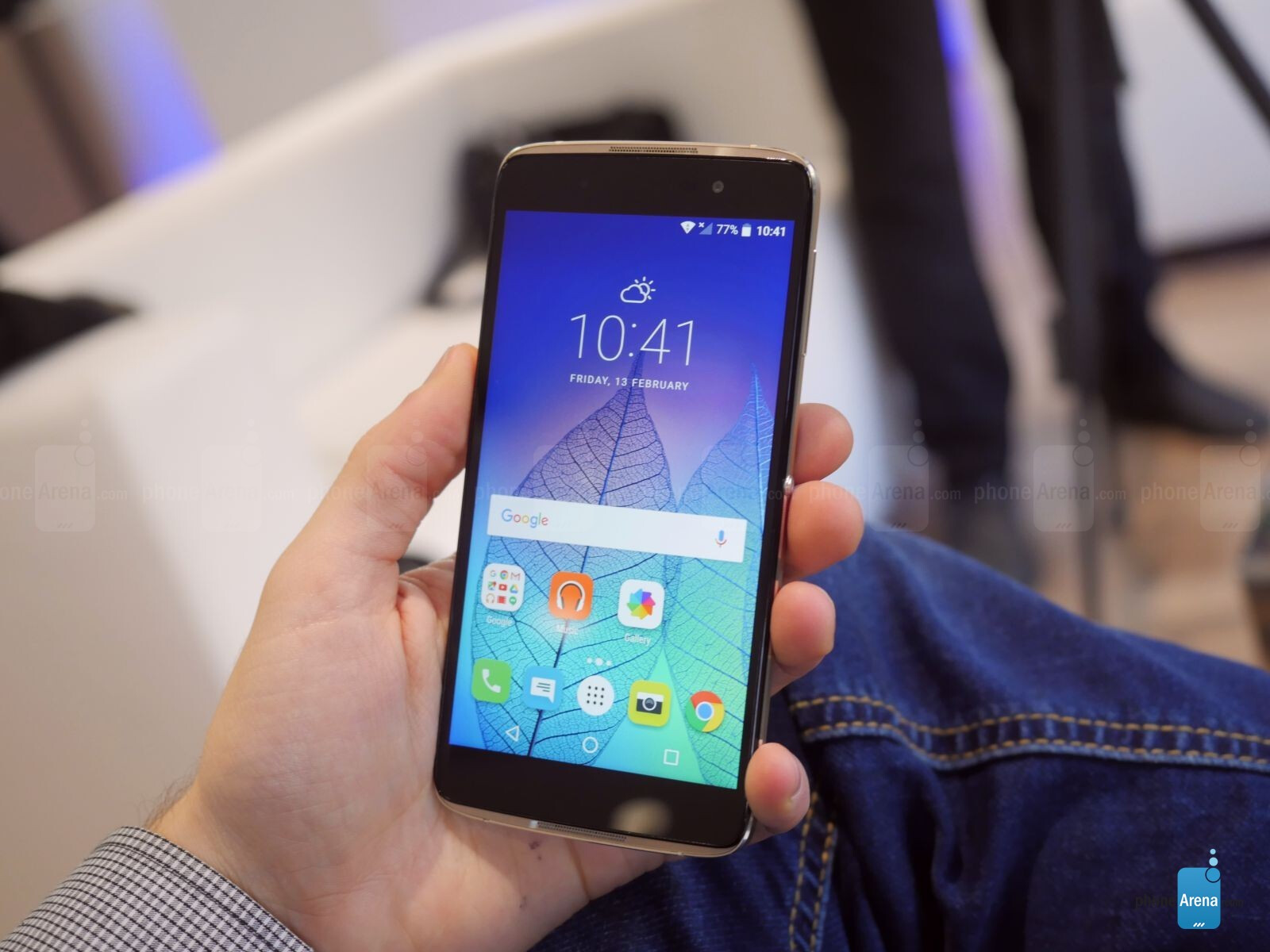 Alcatel's new Idol 4 and 4s are hot pieces of art: hands-on