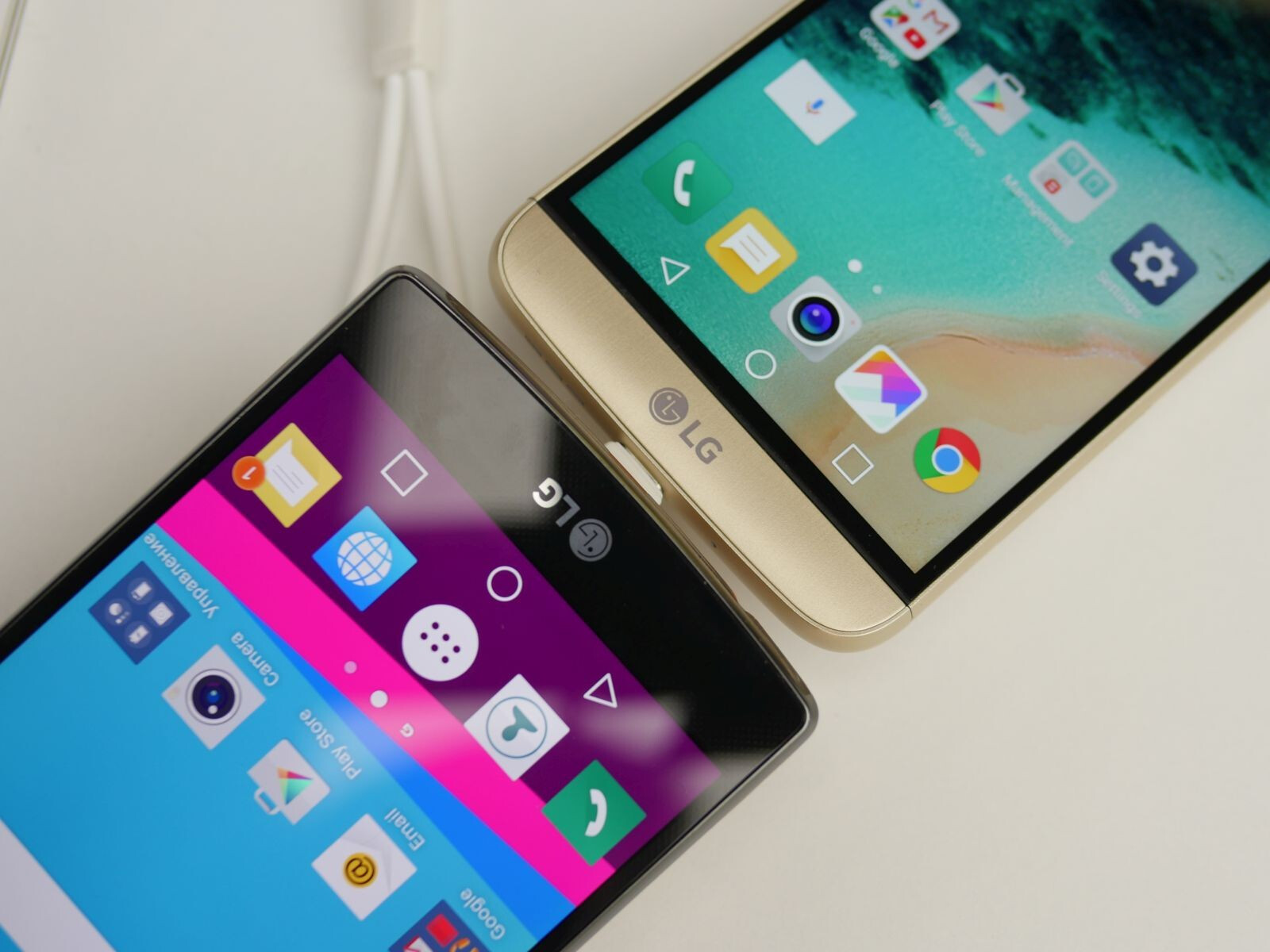 LG G5 vs LG G4: first look | PhoneArena reviews - PhoneArena