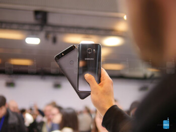 Samsung Galaxy S7 edge vs Google Nexus 6P: first look