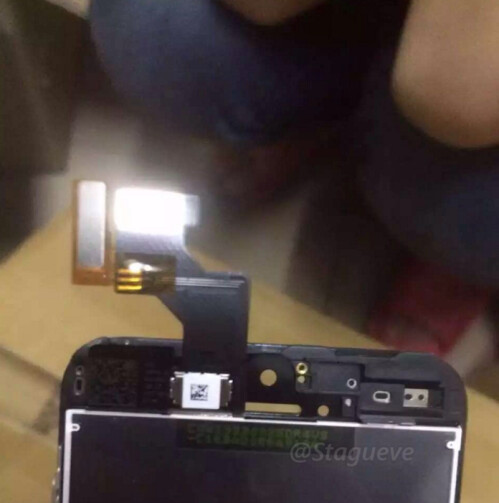 First pictures of iPhone SE leak