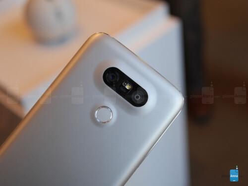 LG G5's wide-angle rear camera