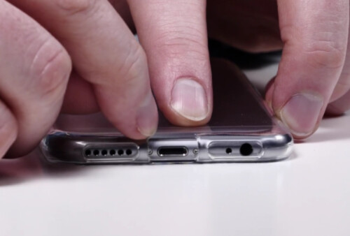 Cutout on bottom hints that the Lightning port will be used to replace the 3.5mm earphone jack