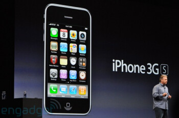 The iPhone 3G S looks identical to the standard 3G