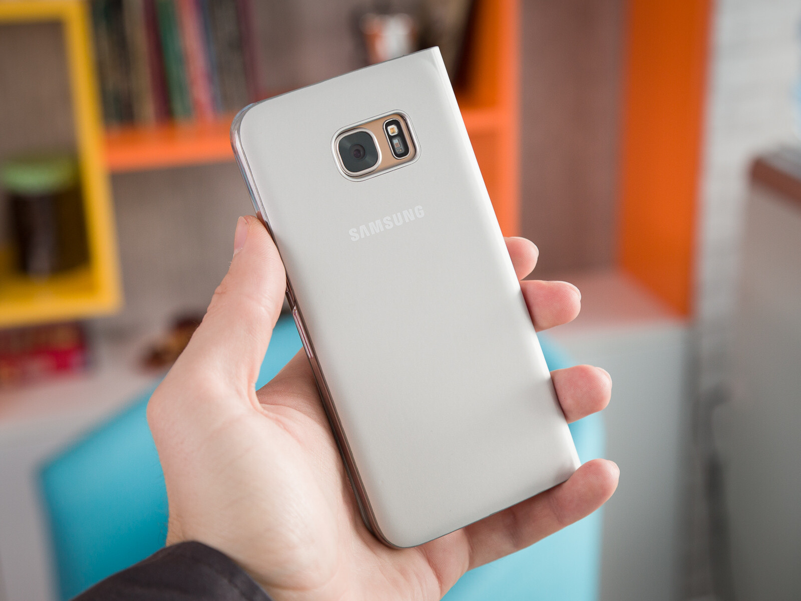 how to stop s7 phone from turning on by itself
