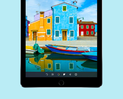 iPad Pro 9.7 has a brighter screen with broader color output