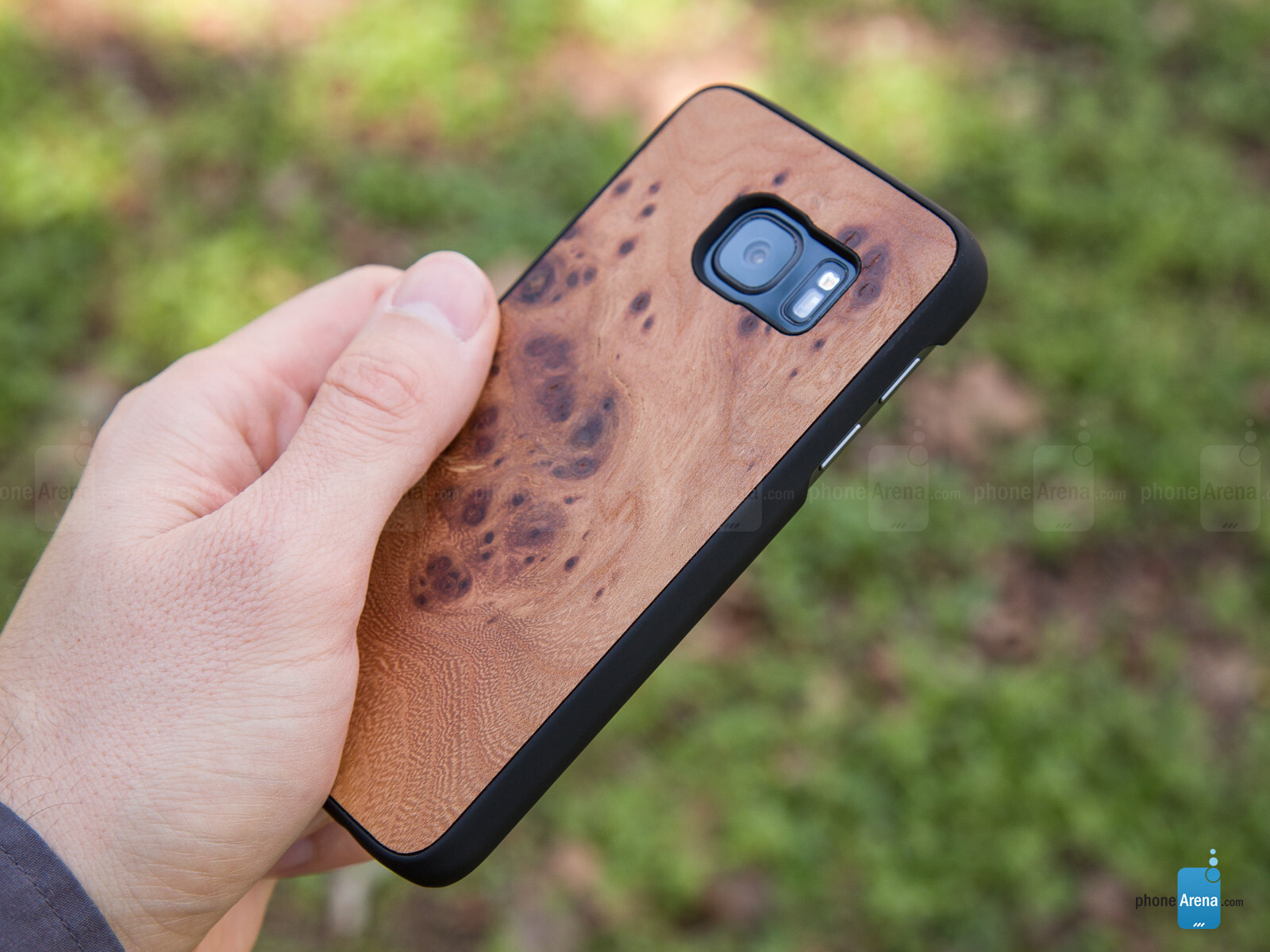 Cover Up Samsung Galaxy S7 S7 Edge Natural Wood Cases Hands On