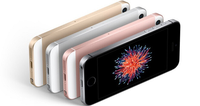 """Analyst Ming Chi-Kuo reports """"lackluster"""" first-weekend sales for the iPhone SE"""