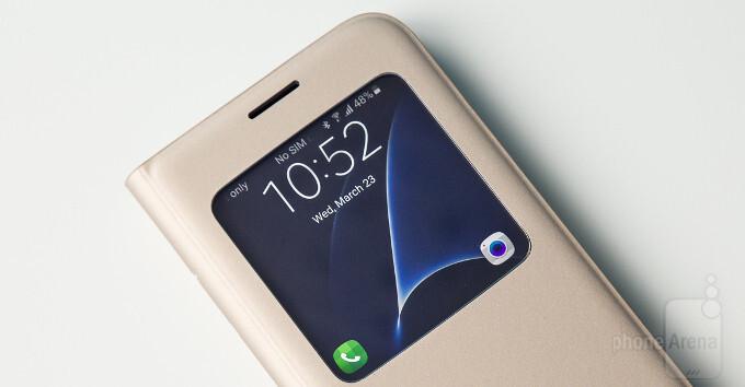 super popular 0b30e dbebd Samsung Galaxy S7 S View Cover review: The classic recipe - PhoneArena