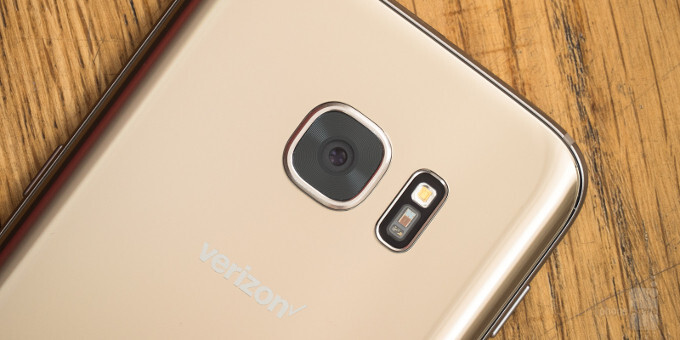 """Samsung working on a 18-24MP camera with large 1/1.7"""" sensor and f/1.4 lens? Rumor says """"yes"""""""