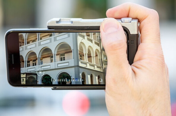 The Pictar turns your iPhone into a DSLR camera - Kickstar listed Pictar turns your iPhone into a DSLR camera