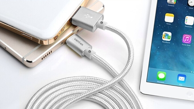 5 charging and data cables that work with both Android and iOS devices