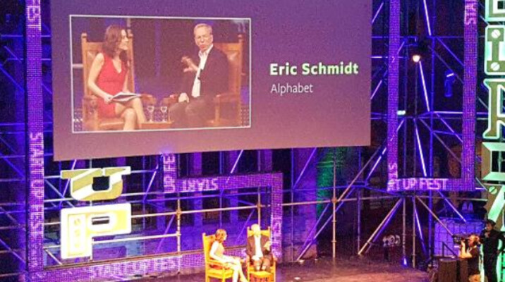 Eric Schmidt confesses to owning an iPhone - Eric Schmidt finally admits that he owns an iPhone