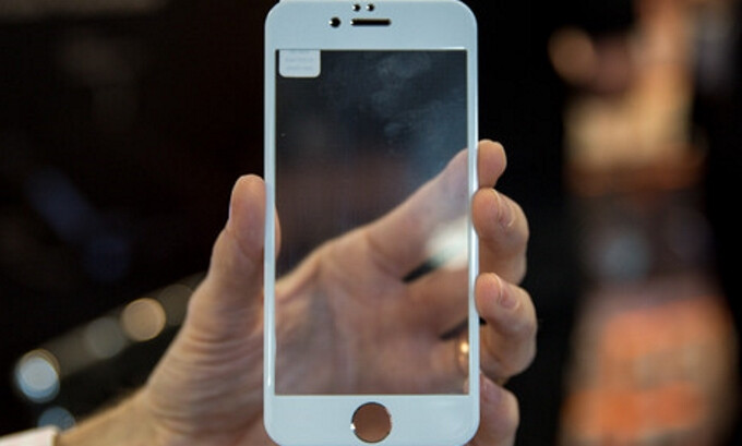 Alleged iPhone 7 accessories show up in advance, fit the iPhone 6s like a glove