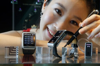 The Samsung S9110 watchphone has a 1.76-inch touchscreen