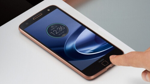 5.5-inch Quad HD screen, but Moto Z Force has a shatter-proof one, Moto Z does not