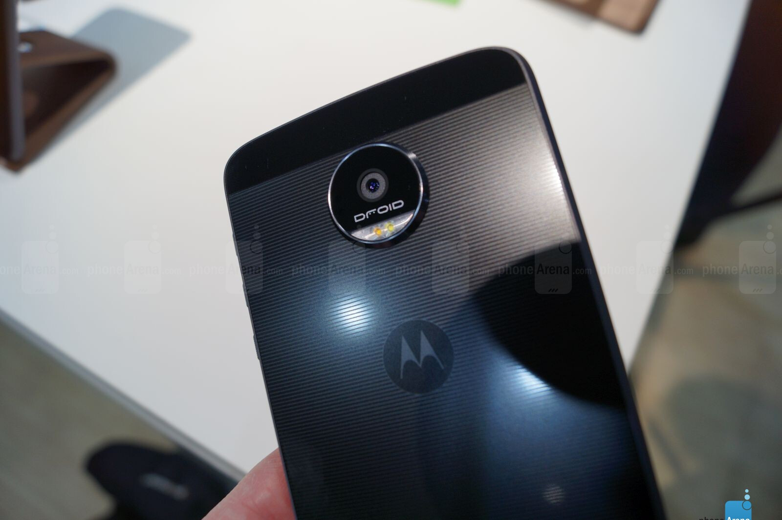 motorola moto z force hands on phonearena reviews. Black Bedroom Furniture Sets. Home Design Ideas