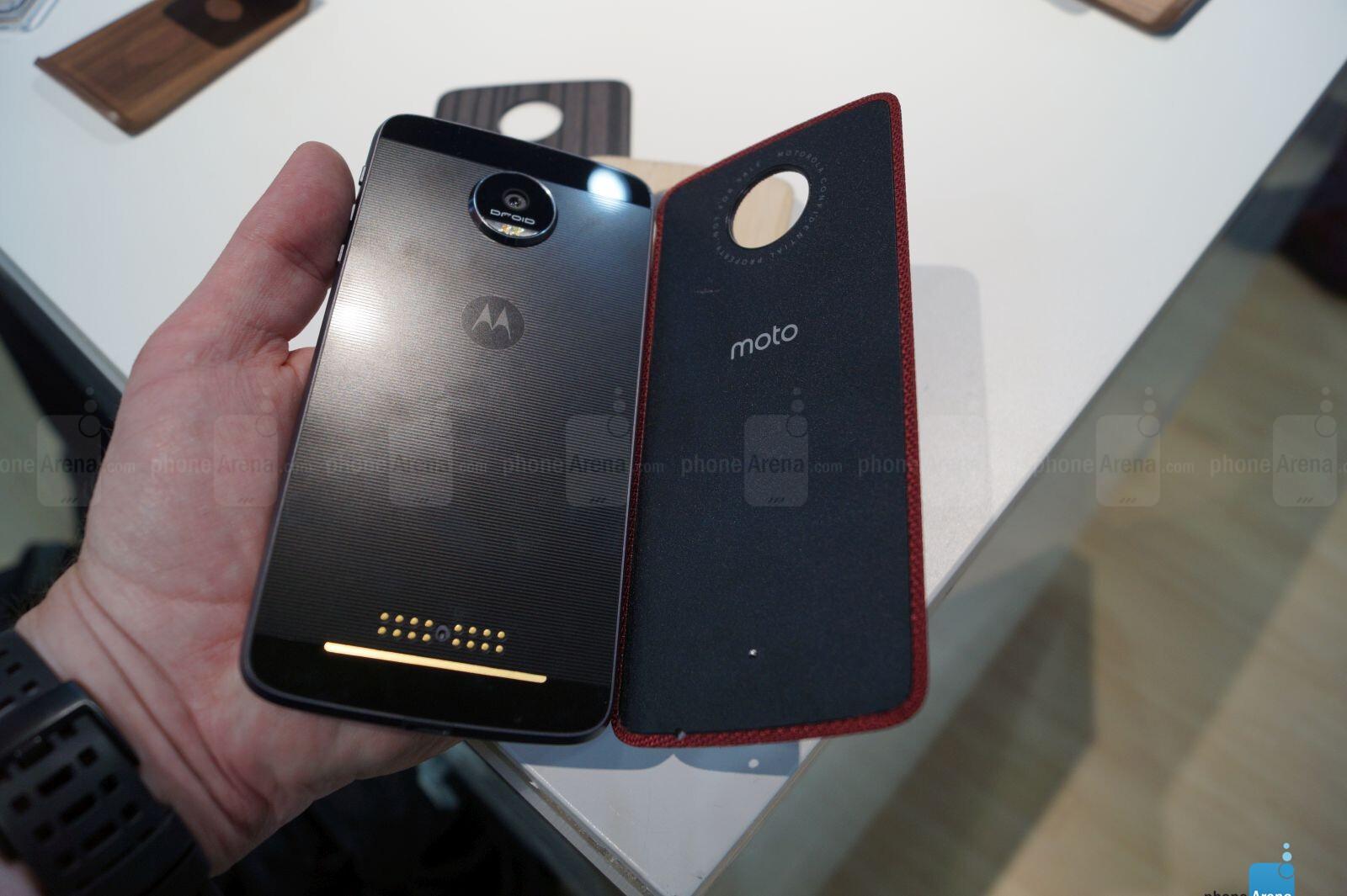 Motorola Moto Z Force Hands On Phonearena Reviews