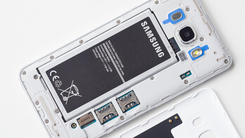 Samsung Galaxy J5 (6) and J7 (6) battery life test score ...