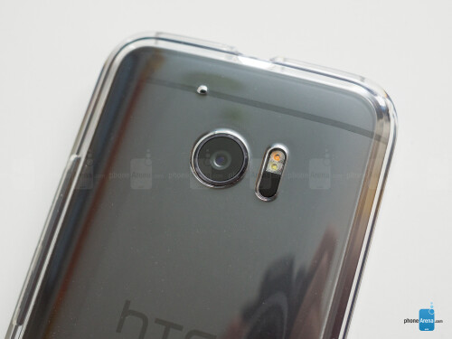 Spigen Ultra Hybrid case for the HTC 10