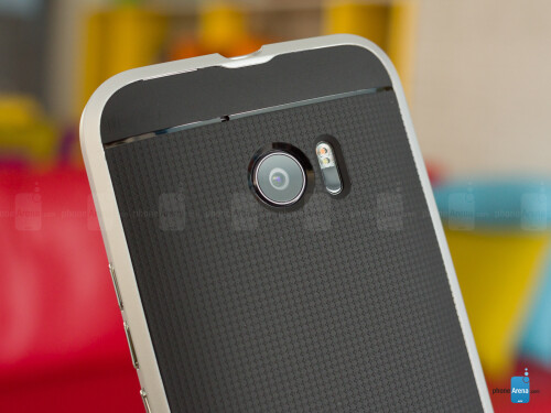 Spigen Neo Hybrid case for the HTC 10