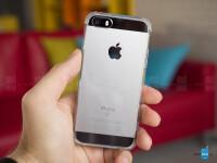 iPhone-SE-case-Spigen-Crystal-Shell-4