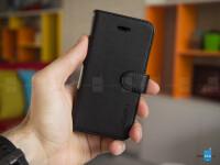iPhone-SE-case-Spigen-Wallet-S-5